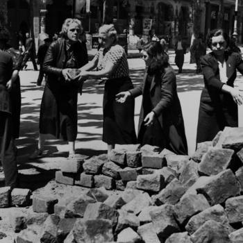 a-las-barricadas-mujeres