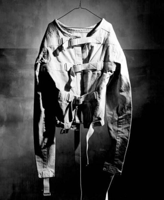 Straight_Jacket